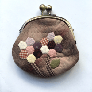 yarn-dyed fabric coin purse